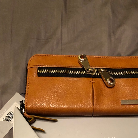 Kenneth Cole Handbags - Kenneth Cole Reaction Wallet NWT